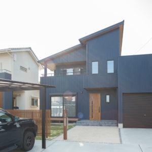 土岐市泉西原町 木のぬくもりとビルトインガレージのある家 施工実例を追加致しました