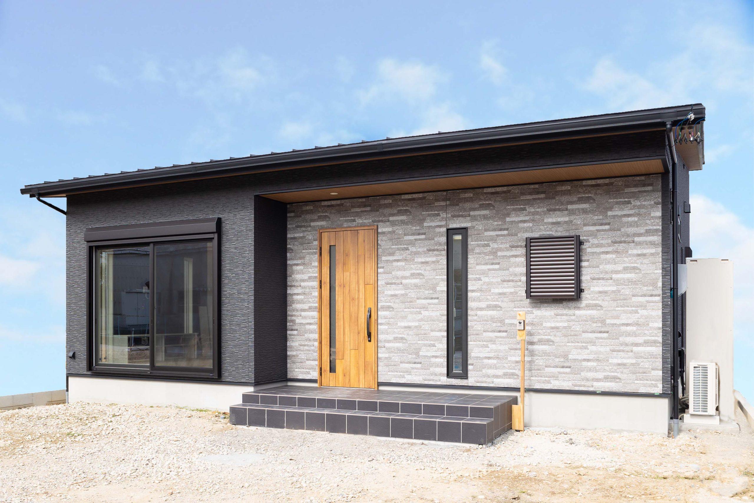 多治見市|C様邸|新築・注文住宅|中庭と勾配天井のある平屋住宅