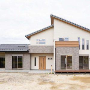 開放感抜群なナチュラル二世帯住宅 施工実例を追加致しました