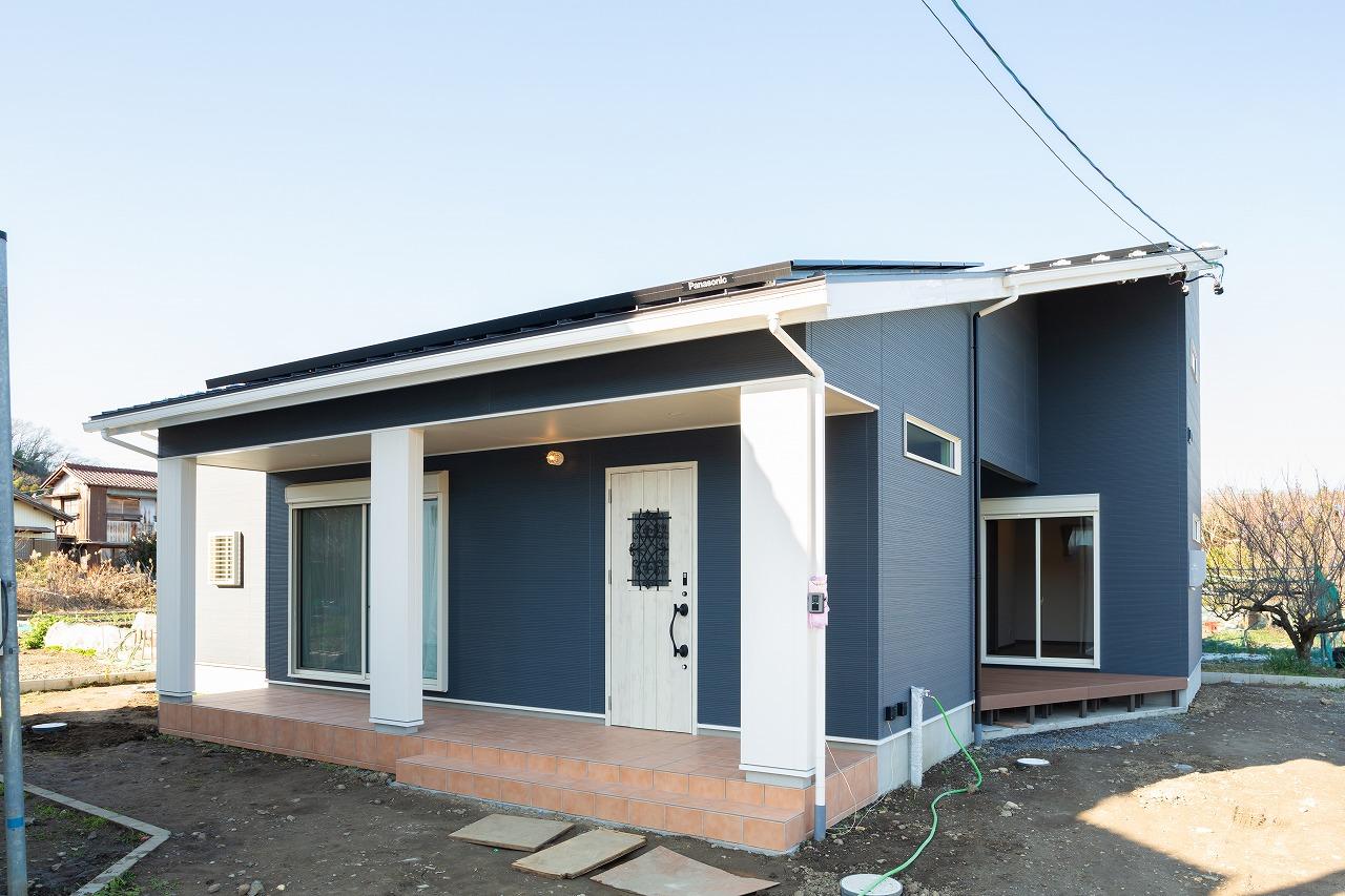 多治見市池田町 コの字型の屋根付き中庭とロフトのある平屋住宅 施工実例を追加致しました