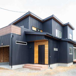 土岐市泉町|S様邸|新築・注文住宅|ビルトインガレージと素材にこだわった家