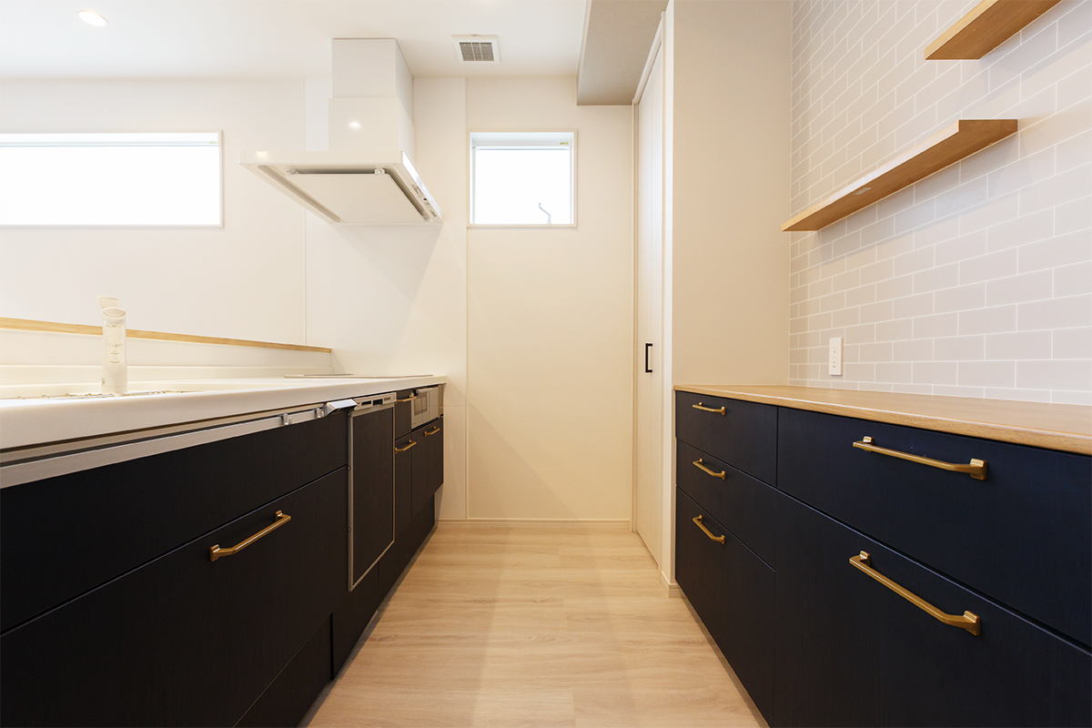 A-050_kitchen02s_01s