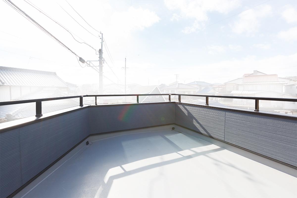 A-081_balcony01s