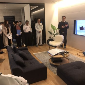 アイモク平屋モデルルームを「テクノストラクチャー」のビルダーの方々が見学に来ました。