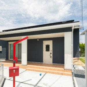 多治見市池田町|M様邸|新築・注文住宅|コの字型の屋根付き中庭とロフトのある平屋住宅