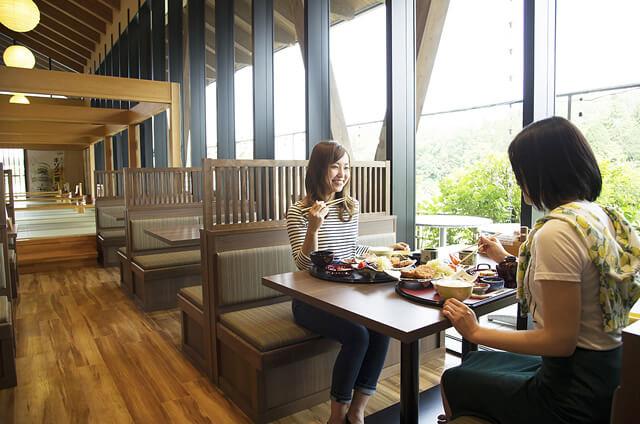restaurant-170807-1-t